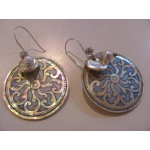 Lily Designs Mother of Pearl earrings